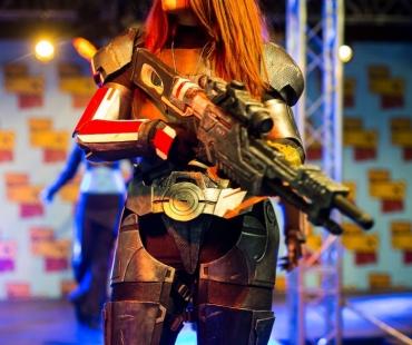 Lara Drake en Shepard